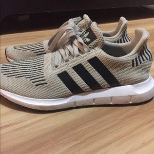 Adidas swift runs